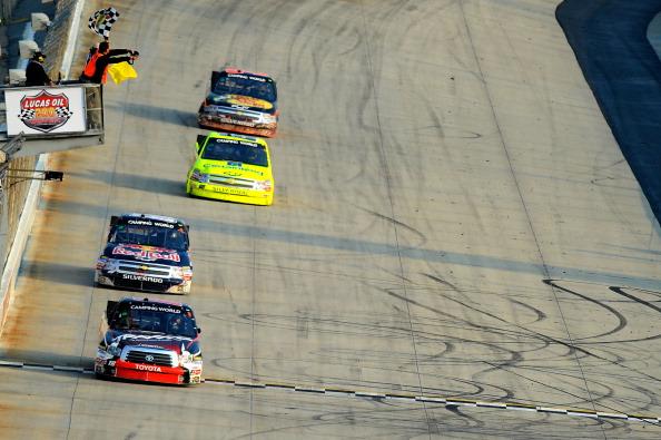 Фоторепортаж с авторалли Lucas Oil 200 на международной   скоростной трассе. Фото:  Jared C. Tilton/Nick Laham/Getty Images for NASCAR