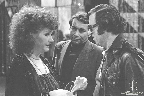 «Маэстро».  Алла Пугачева и  Раймонд Паулс на «Новогоднем Голубом огоньке» в 1980 году. Фото с сайта  allapugacheva.pro