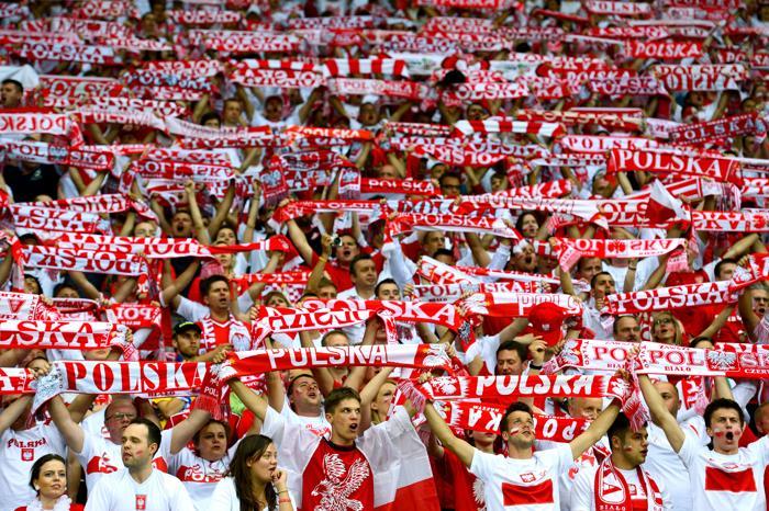 Матч второго тура Евро-2012 между сборными России и Польши состоялся в Варшаве 12 июня 2012. Фото: Shaun Botterill/Getty Images