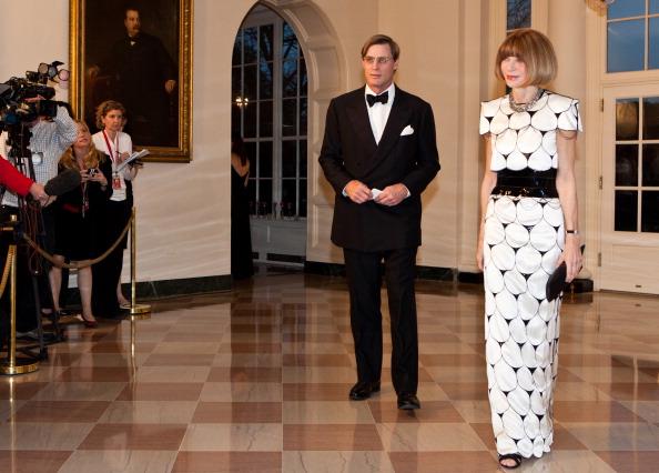 Гости на приеме в Белом доме. Shelby Bryan и Anna Wintour. Фоторепортаж. Фото: Brendan Hoffman, MANDEL NGAN/AFP/Getty Images