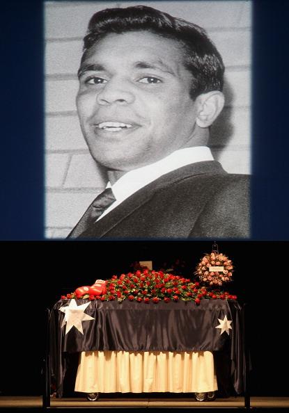 Фоторепортаж с церемонии похорон бывшего австралийского боксера Лионеля Роуза. Фото: Hamish Blair/Getty Images