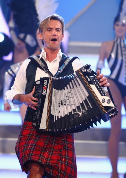 Элен Фишер и Флориан Сиберейсен  на  музыкальном шоу Das Herbstfest der Abenteuer. Фото: Andreas Rentz/Getty Images
