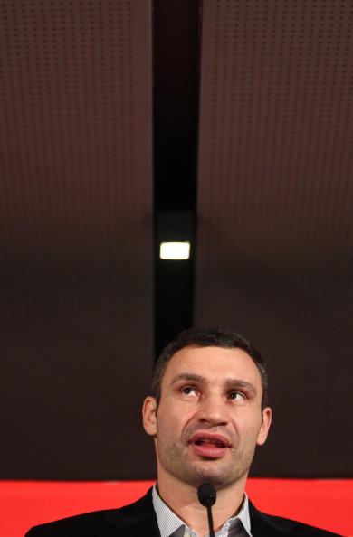 Фоторепортаж с пресс-конференции Виталия Кличко и Дерека Чисоры. Фото: Beier/Bongarts/Getty Images