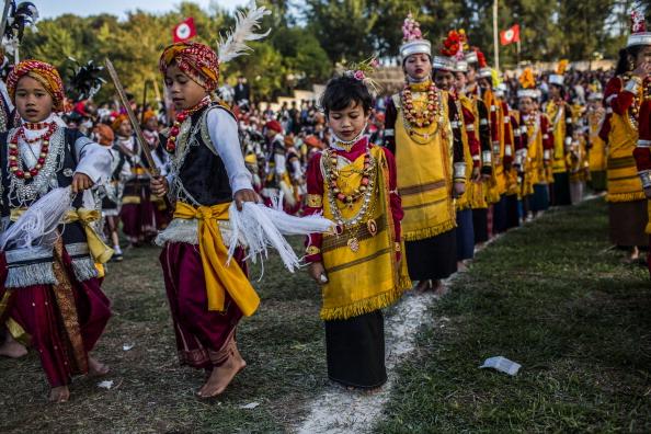 Фестиваль танца Shad Suk Mynsiem проходит в Индии. Фоторепортаж. Фото: Daniel Berehulak /Getty Images