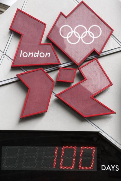 Олимпийские часы на Трафальгарской площади 18 апреля 2012 года показали 100 дней до начала Олимпиады  «Лондон-2012». Фоторепортаж. Фото:  Peter Macdiarmid /Getty Images