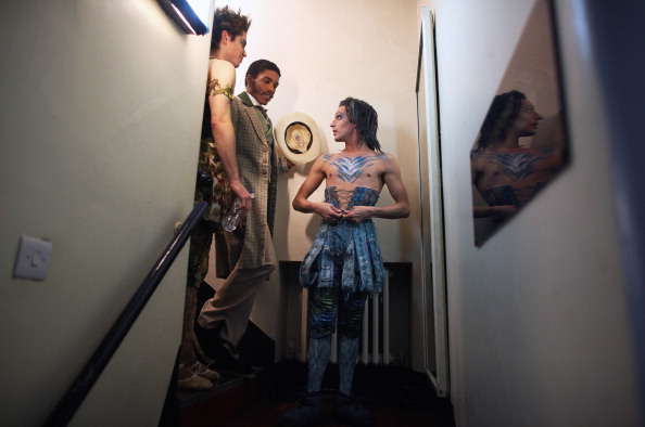 Фоторепортаж о подготовке труппы к балету  «Спящая красавица» в Королевском театре   17  декабря в Глазго, Шотландия.  Фото: Jeff J Mitchell/Getty Images
