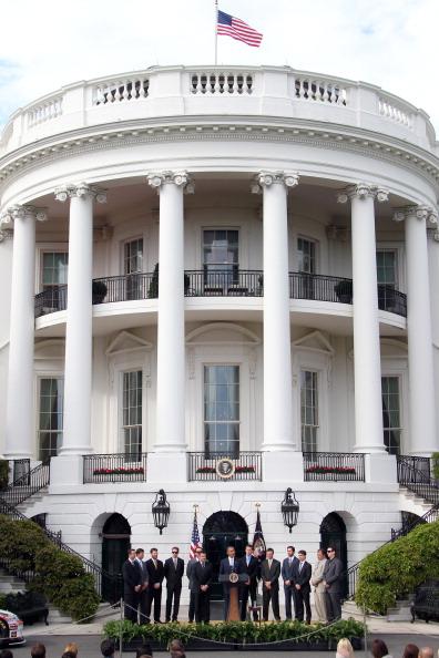 Обама пригласил Тони Стюарта и других водителей гонок NASCAR  в Белый дом. Фоторепортаж. Фото: Ned Dishman/Getty Images for NASCAR
