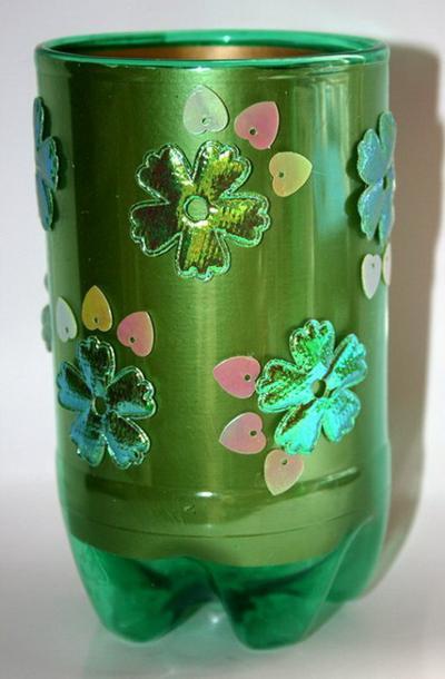 Сделать из пластиковой бутылки вазу