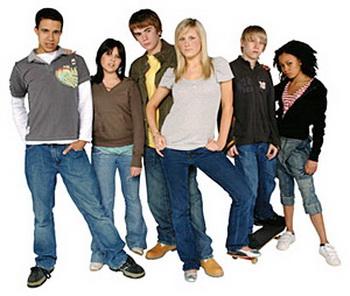 Интеллект подростков может повышаться. Фото с сайта kompstop.ru