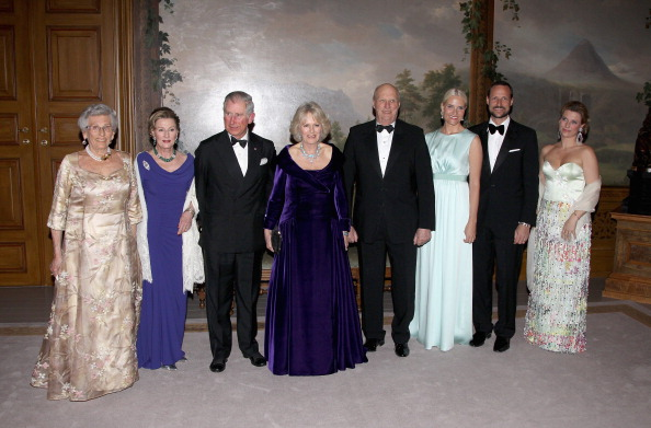 Камилла, герцогиня Корнуольская, и принц Чарльз на банкете в Норвежском королевском дворце. Фоторепортаж. Фото: Chris Jackson/Getty Images
