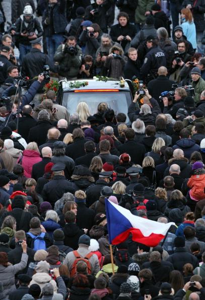 Прощание с Вацлавом Гавелом в Чехии.  Фоторепортаж. Фото: David Brauchli /Sean Gallup/Getty Images