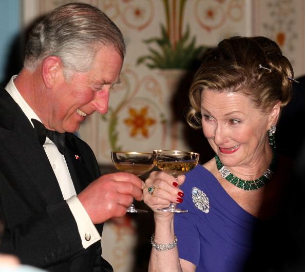 Королева Норвегии Соня и принц Чарльз на банкете в Норвежском королевском дворце. Фоторепортаж. Фото: Chris Jackson/Getty Images