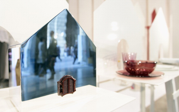 Объекты дизайна в салоне Pennyblack на  Миланской неделе дизайна. Фоторепортаж. Фото: Vittorio Zunino Celotto/Getty Images