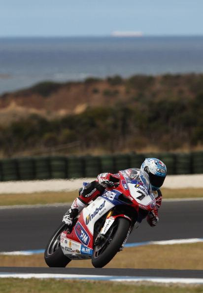 Испанец  Карлос Чека (Carlos Checa)  показал четвертый результат. Фоторепортаж с трека. Фото: Mirco Lazzari gp/Getty Images