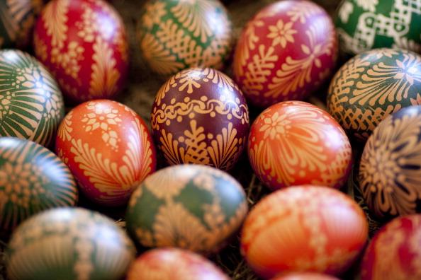 Пасхальные яйца готовят сербы в Восточной Германии. Фоторепортаж. Фото: Carsten Koall/Getty Images