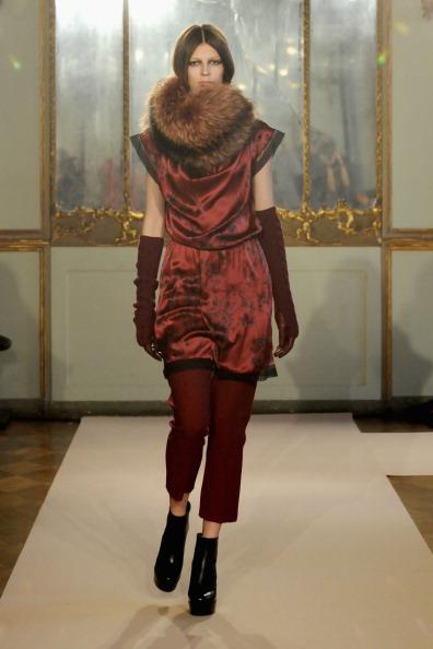 Верхняя одежда осень-зима 2012/2013 от Massimo Rebecchi на показе моды в Милане. Фоторепортаж. Фото: Clara Biondo/Getty Images