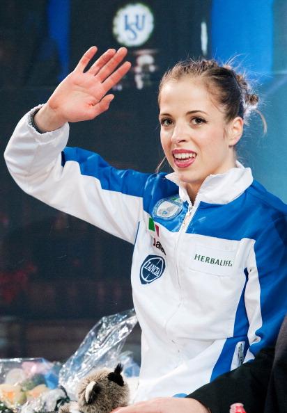 Каролина Костнер  в четвертый раз стала чемпионкой Европы по фигурному катанию. Фоторепортаж из Шеффилда. Фото: LEON NEAL/AFP/Getty Images