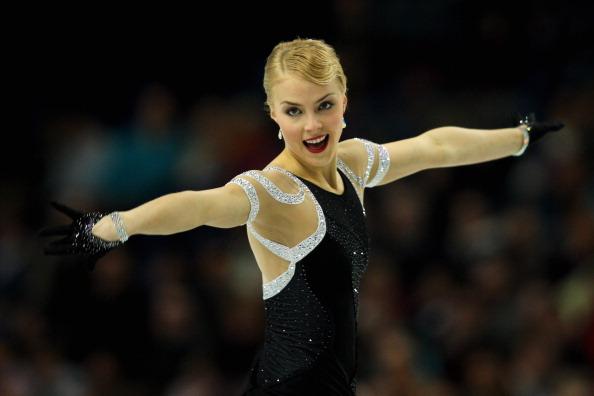 Киира Корпи. Выступление фигуристок на чемпионате Европы по фигурному катанию. Фоторепортаж из Шеффилда. Фото: LEON NEAL/AFP/Getty Images