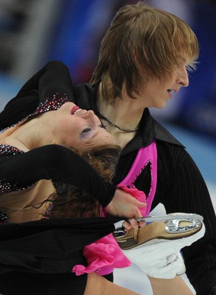 ЧМ по фигурному катанию.  Второй день квалификационных соревнований.  Фото:  ALEXANDER NEMENOV/YURI KADOBNOV/AFP/Getty Images