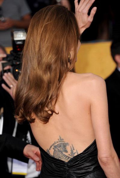 Анджелина Джоли на церемонии награждения премией Гильдии киноактеров. Фоторепортаж. Фото: Jason Merritt/Getty Images