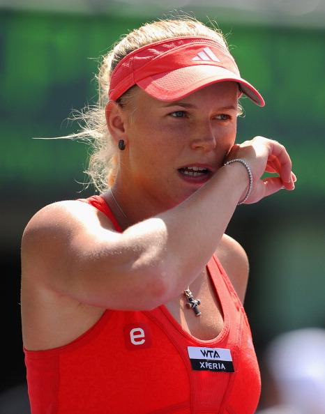 Каролин Возняцки проиграла Марии Шараповой. Фоторепортаж с  Sony Ericsson Open. Фото: Al Bello/Getty Images