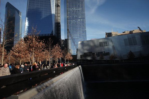 Более  миллиона  посетило мемориал памяти жертв терактов 11.09 в Нью-Йорке. Фоторепортаж. Фото: Spencer Platt/Getty Images
