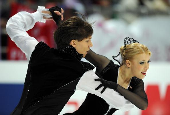 Фоторепортаж. ЧМ-2011 по фигурному катанию.  Российские танцевальные пары в короткой программе заняли  четвертое и пятое места.  Фото:  Oleg Nikishin/ALEXANDER NEMENOV/YURI KADOBNOV/AFP/Getty Images