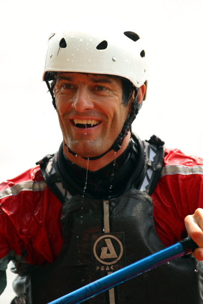 Фоторепортаж  о Марке Уэббере, принявшем участие в гребле на байдарке перед Гран-при Канады F1. Фото: Paul Gilham/Getty Images