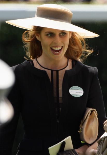 Елизавета II прибыла на 300-летний юбилей королевских скачек Royal Ascot. Фоторепортаж  из  Великобритании. Фото: Dan Kitwood/Getty Images