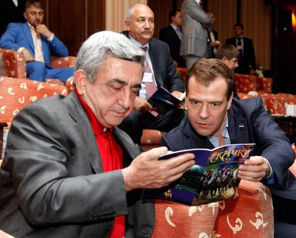 24 июня, президент России посетил в Казани скачки на приз президента России.  Фото: DMITRY ASTAKHOV/AFP/Getty Images