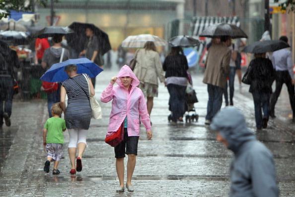 Сильные дожди и грозы прошли в Англии. Фото: Dan Kitwood/Getty Images