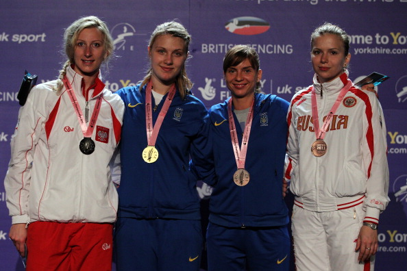 Гаврилова и Черемисинов завоевали бронзу на чемпионате Европы по фехтованию. Фоторепортаж из Шеффилда. Фото: Dean Mouhtaropoulos/Getty Images