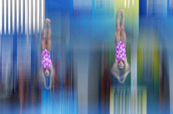 Фоторепортаж. синхронные прыжки в воду  Светлана Филиппова и Анастасия Позднякова  FINA Чемпионат мира по водным видам спорта-2011 Шанхай Казань