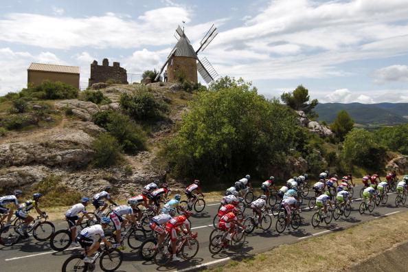 Марк Кэвендиш выиграл 15-й этап  велогонки Tour de France. Фоторепортаж с трассы. Фото: Michael Steele/ JOEL SAGET /PASCAL PAVANI/AFP/Getty Images