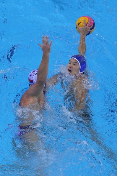 Фоторепортаж о соревнованиях по водному поло.  Фото:  Feng Li/Getty Images