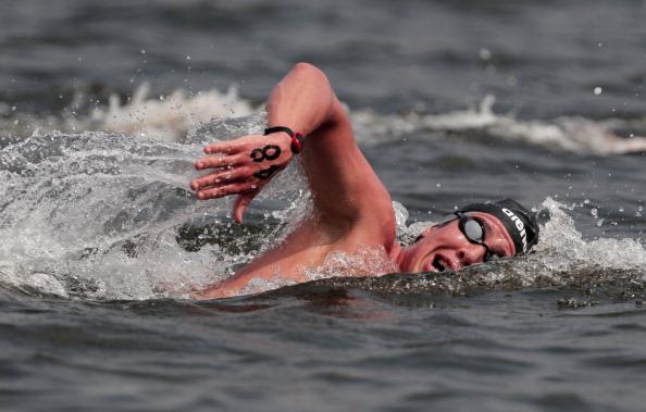 Соревнования в заплыве  на 10 км чемпионат мира по водным видам спорта FINA. Фото: Adam Pretty /Getty Images