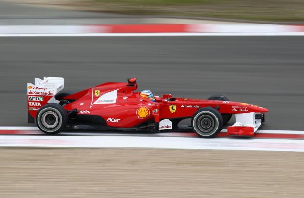 Фоторепортаж  об автомобилях «Формулы-1»  в Нюрбургринге. Фото:  Julian Finney/Clive Mason/Peter Fox/Getty Images