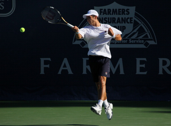Игорь Куницын выиграл  у Фернандо Гонсалеса первый раунд теннисного турнира в Лос-Анжелесе. Фото: Stephen Dunn/Getty Images
