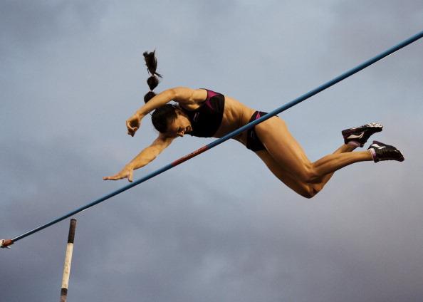 Елена Исинбаева победила на турнире «Бриллиантовая лига» в прыжках с шестом. Фото: JONATHAN NACKSTRAND/AFP/Getty Images)