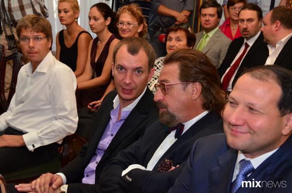 «Новая волна»: Лайма Вайкуле и Александр Шенкман награждены Орденами Дружбы РФ. Фото с сайта mixnews.lv