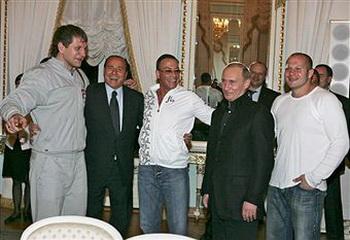 Жан-Клод Ван Дамм, Владимир Кличко и Федор Емельяненко. Фото: TassPhoto/WireImage