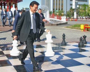 За звание чемпиона мира по шахматам в матче 2012 года в Москве встретятся Ананд и Гельфанд. Фоо с сайта chessbase.com