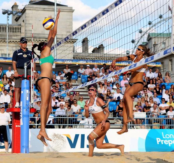 Лондон-2012.  LOCOG проводит тестовые соревнования по пляжному волейболу. Фото: Scott Heavey/Getty Images