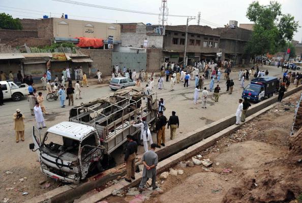 Двойной теракт в Пешаваре унес жизни семи человек. 40 получили ранение. Фото: A Majeed/AFP/Getty Images