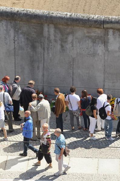 Фоторепортаж о мероприятиях, посвященных 50-летию  воздвижения Берлинской стены. Фото: Sean Gallup/Getty Images