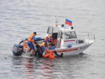 Два катера столкнулись на Москве-реке, один человек погиб и двое  пострадали. Фото с сайта ГУ МЧС РФ по Москве
