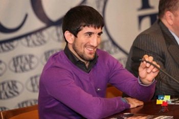 Расул Мирзае  - самбист и трехкратный чемпион мира по смешанным единоборствам. Фото с сайта  samboslava.ru