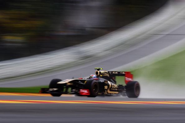 Виталий Петров стартует на  Гран-при Бельгии. Фото: Mark Thompson/Getty Images