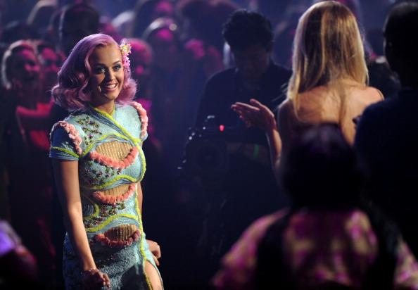 Фоторепортаж о Кэти Перри, награжденной премией за лучшее видео года на  MTV Video Music Awards. Фото: Kevin Mazur /Jon Kopaloff/ Frederick M. Brown/Getty Images