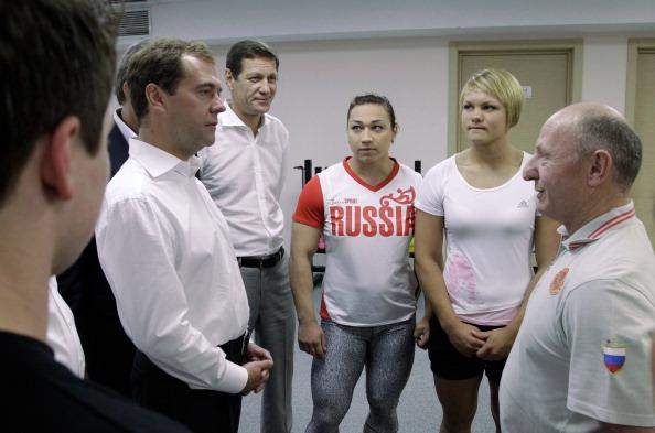 Фоторепортаж о Дмитрии Медведеве на  приеме в Сочи в честь студенческой сборной. Фото: MIKHAIL KLIMENTYEV/AFP/Getty Images